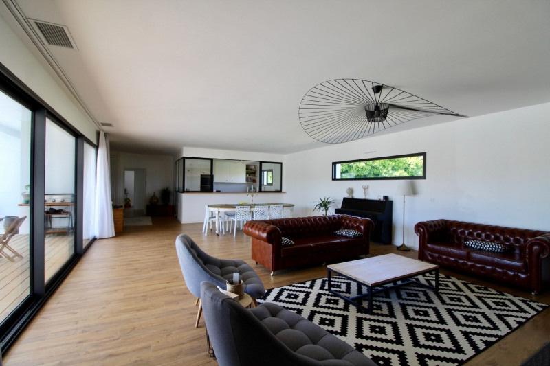 40990 MEES - Magnifique contemporaine de 200 m2 - 8 pièces - 4 chambres -  garage - piscine sur 872 m2 de terrain