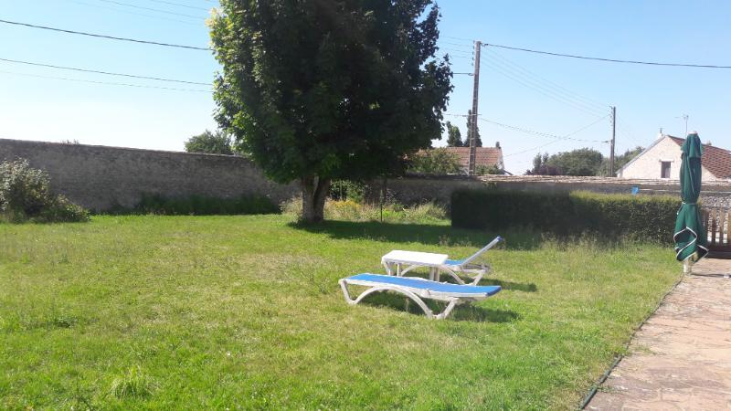 Proche d'Etampes, Maison de village Gouillons 28310