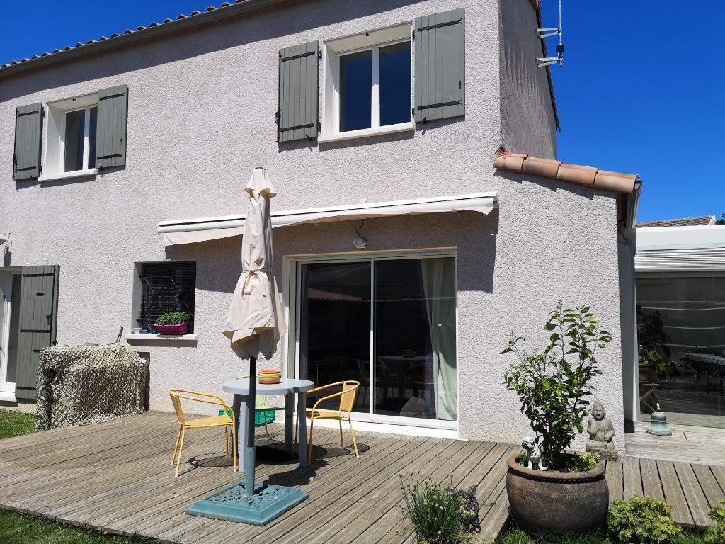 Villa 4 chambres dont une suite parentale à Calvisson