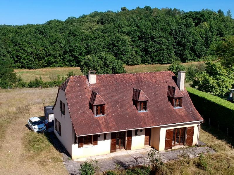 Périgourdine à Saint Chamassy  5 chambres 150 m2 sur terrain de 4618 m2
