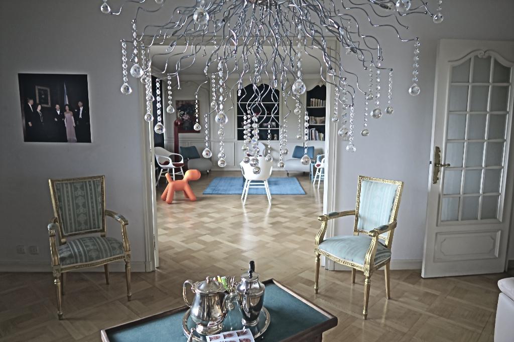 Cours Fauriel  , Prisé à SAINT-ETIENNE Appartement  5 pièce(s) 136 m2 AVEC BALCON ET GARAGE