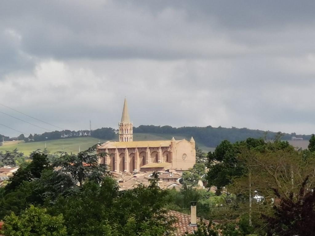 Terrain Viabilisé Beaumont De Lomagne 1377 m2