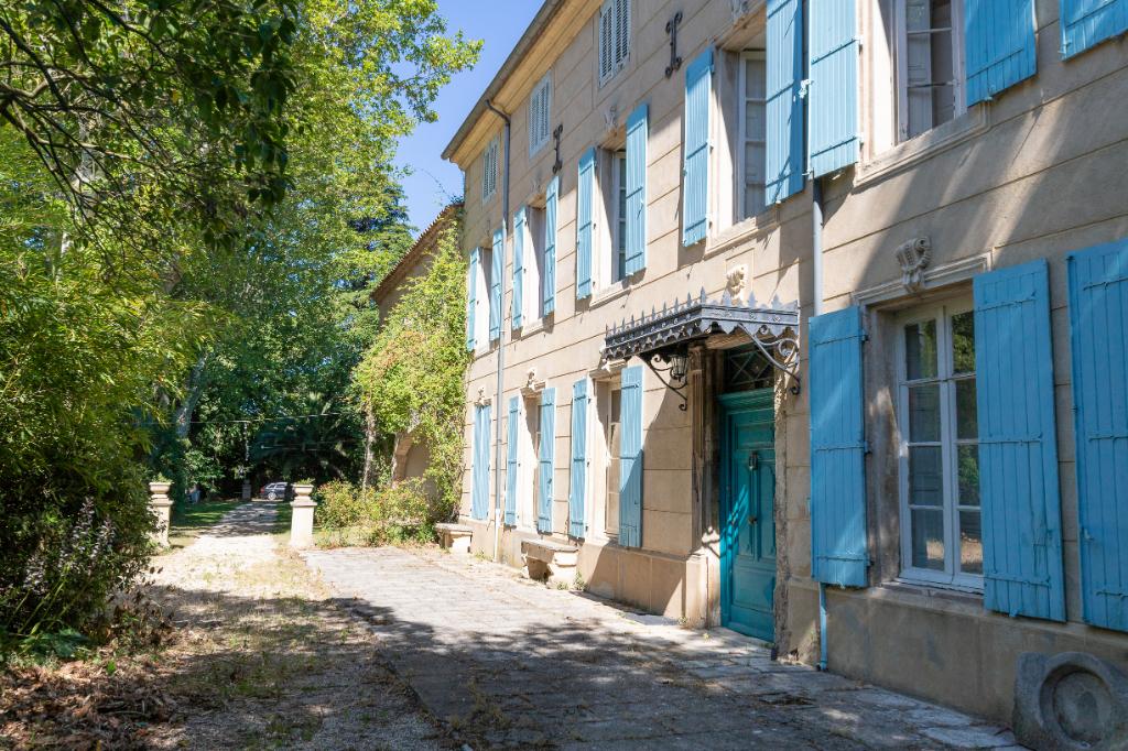 DEMEURE DE PRESTIGE - MONTFRIN - 18 PIÈCES - 600 m2