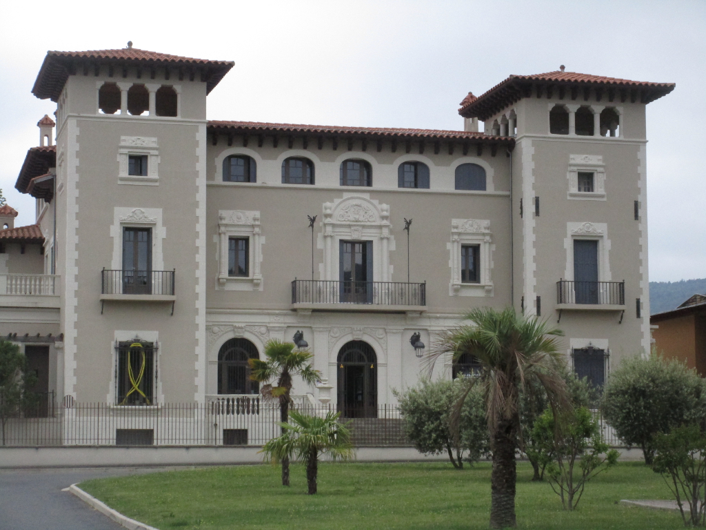 Prades (66500) Appartement  3 pièce(s) 70 m2 en RDC, 155990 euros à la vente
