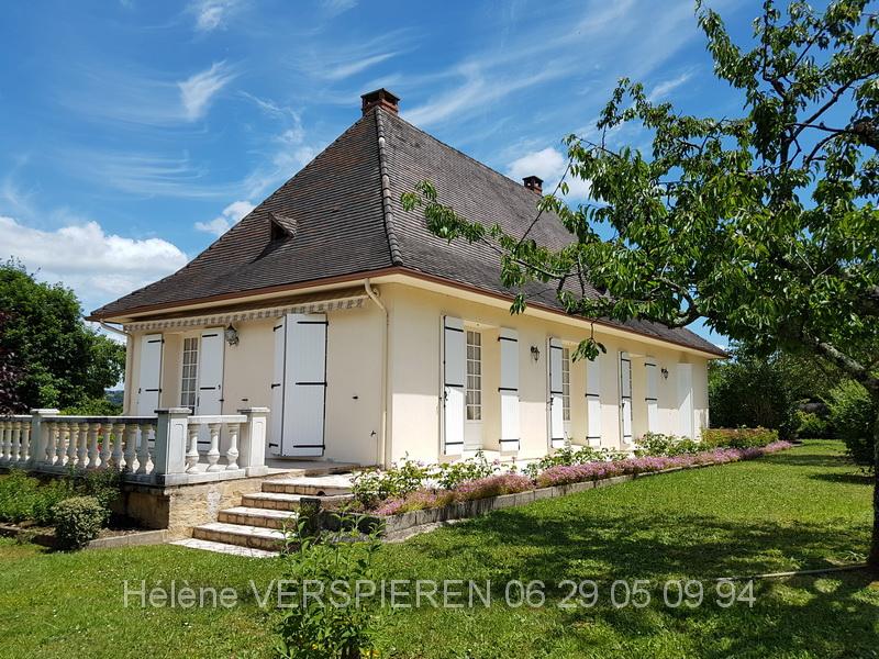 Maison  T5  645 M2 TERRAIN 24480