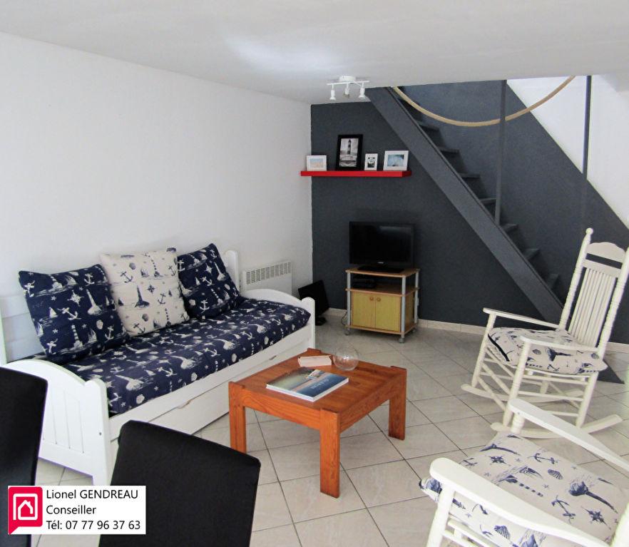 Maison De Village  Centre Saint Denis D Oleron 5 pièce(s) 90 m2