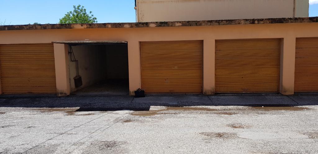 Parking / box Avignon 18 m2