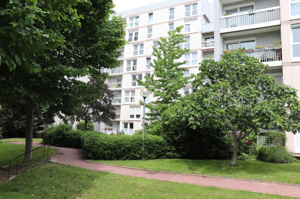 Appartement Pantin 3 pièce(s) 64 m2