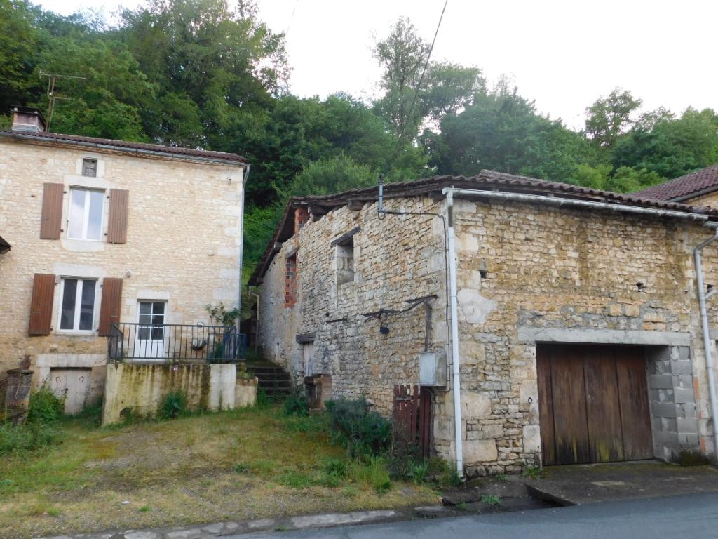 Maison Chasseneuil Sur Bonnieure 2 pièce(s) 44 m2