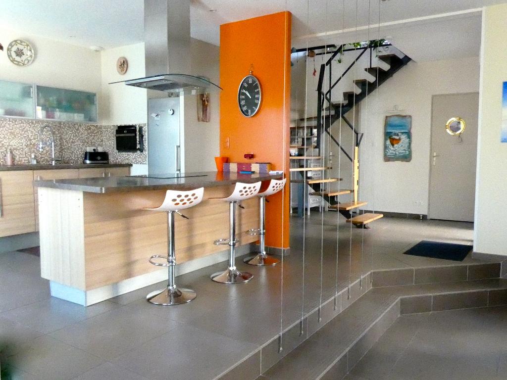 Maison Angoulins 6 pièce(s) 200 m2