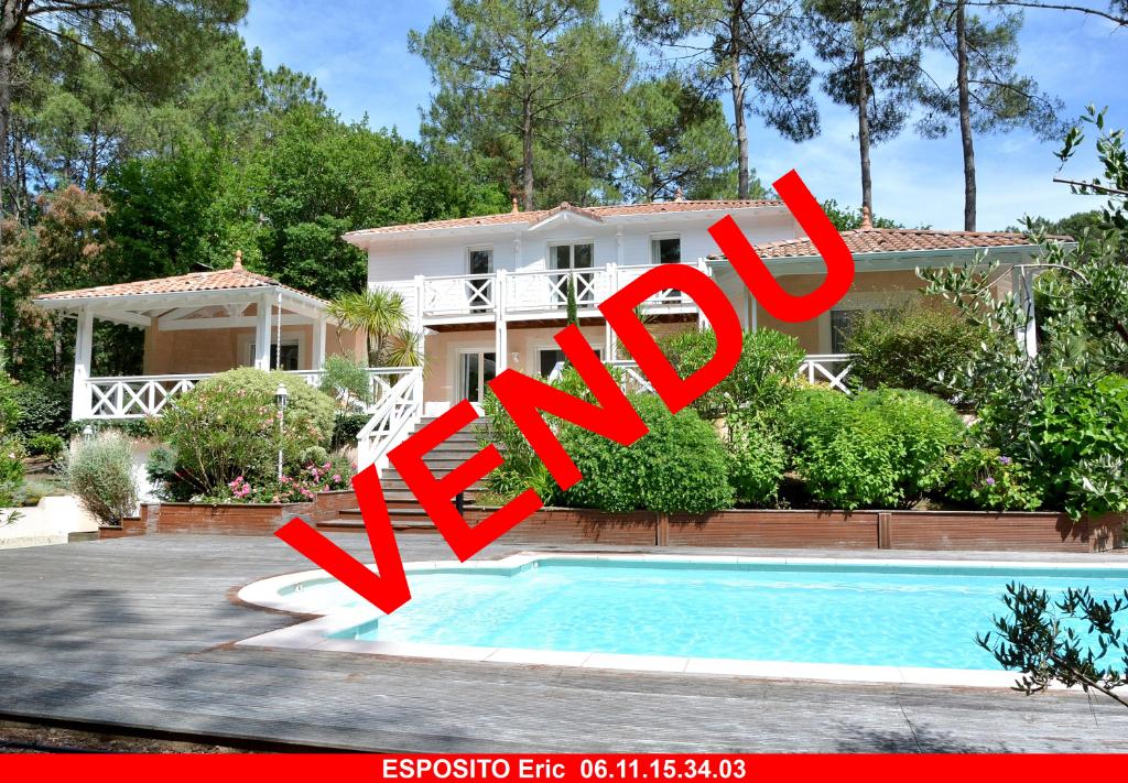 Villa Biscarrosse golf 6 pièce(s) 187 m2 + piscine