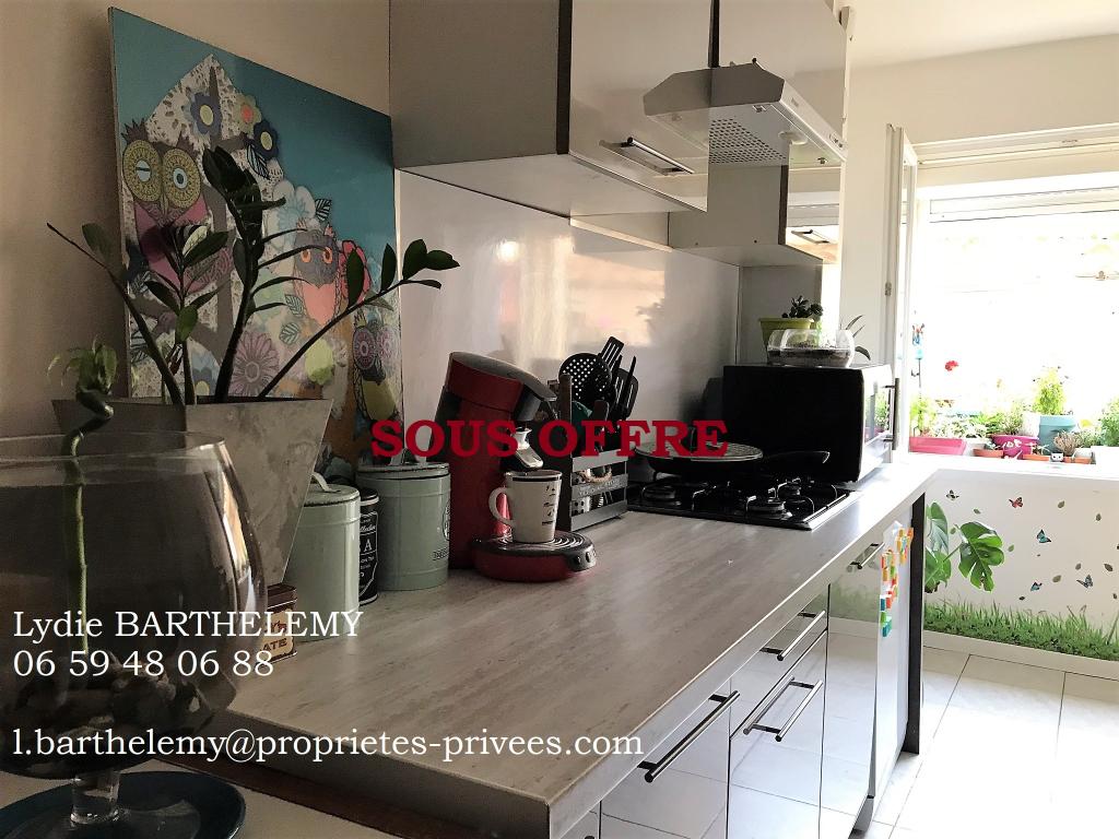 Maison Pouzolles 3 pièce(s) 70 m2