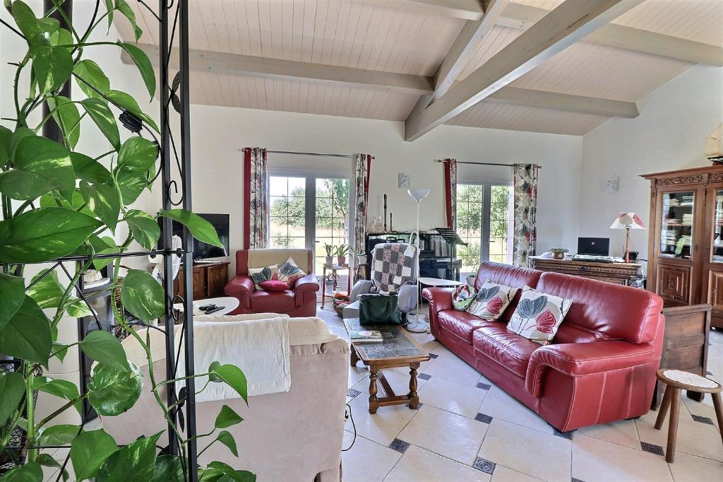 Maison d'exception Tonnay Charente 7 pièces 164 m2