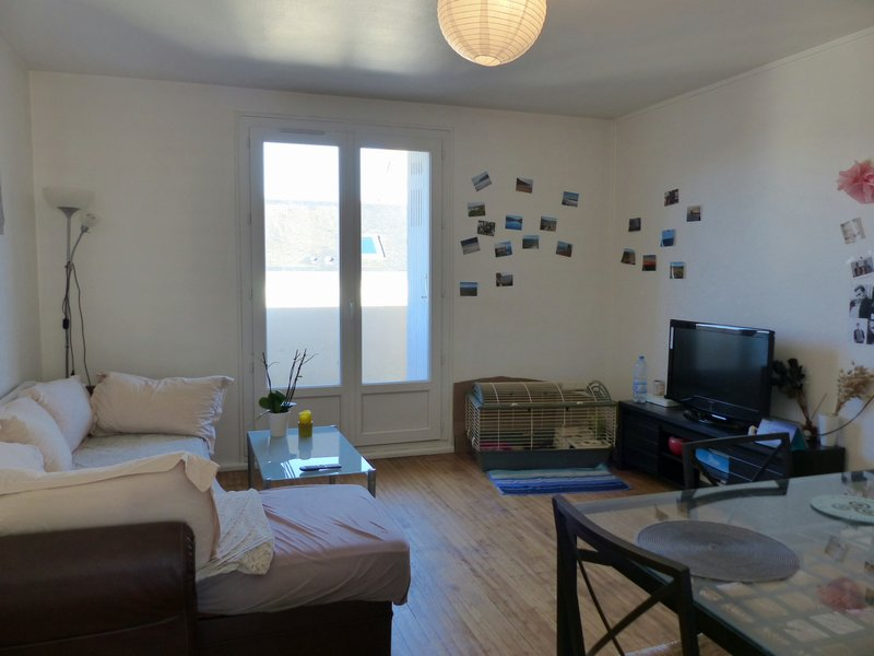 Proche gare : appartement en collocation & garage