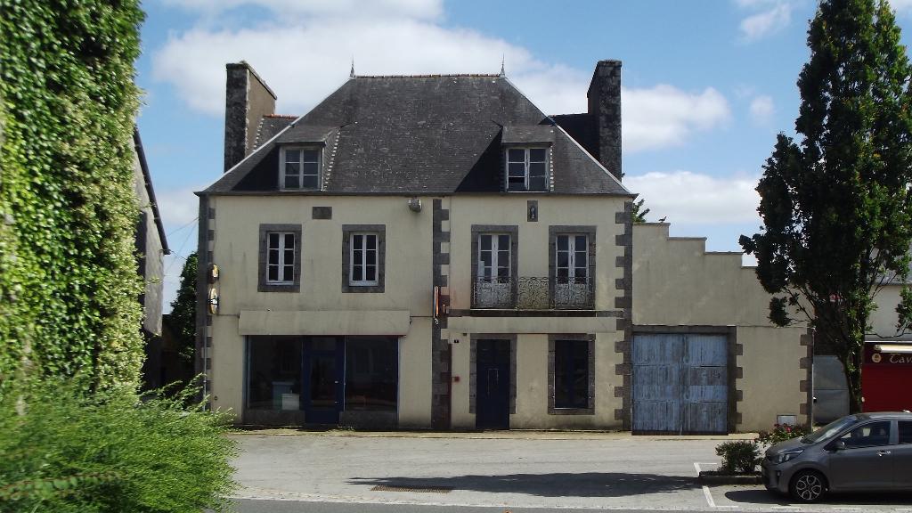 Maison Glomel 11 pièce(s) 259 m2