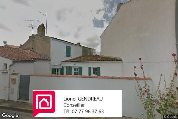 Maison St Denis d' Oléron  45 m² avec sa Cour Carrelée  - Île d' Oléron -