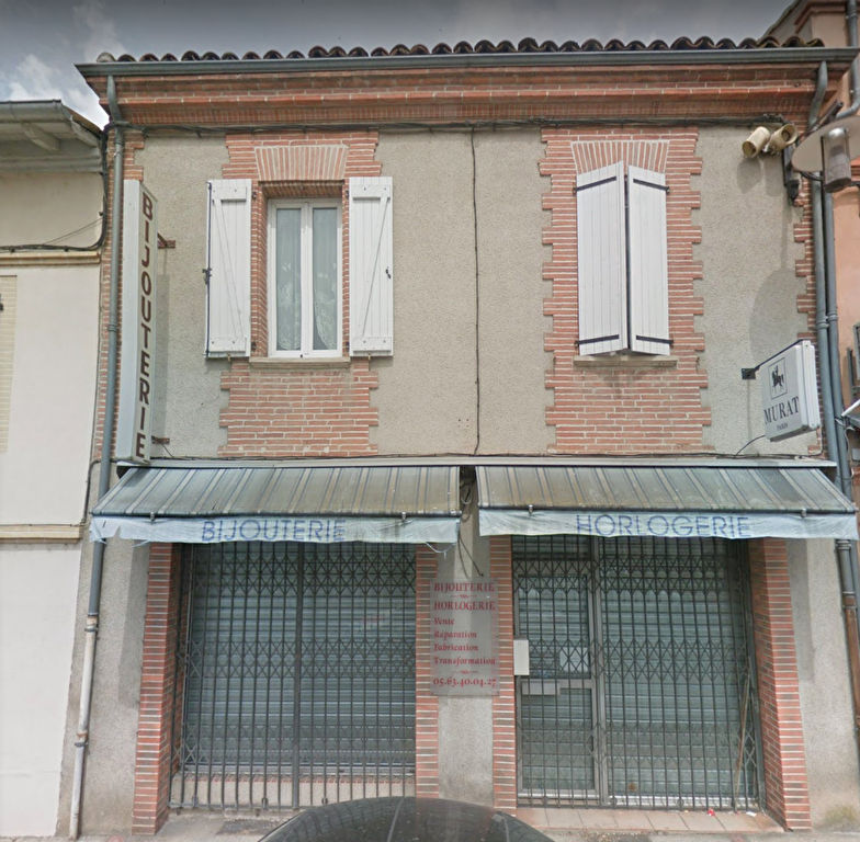 INVESTISSEURS LOCAL COMMERCIAL + APPARTEMENT 168 m2