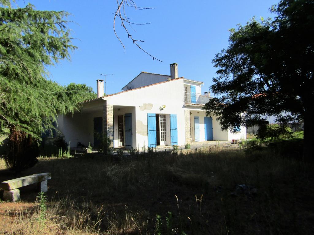 Villa  6 pièce(s) 178 m²  sur propriété de 3773 m² - La Cotinière -  St Pierre d' Oléron - Île d' Oléron -
