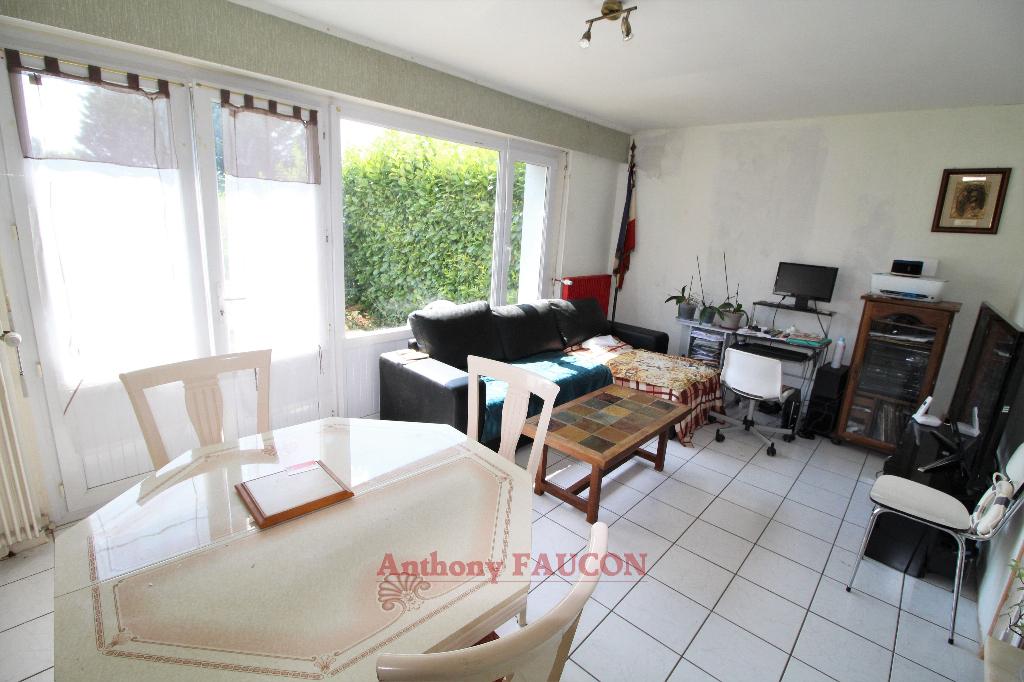 Maison Mareuil Sur Lay Dissais 4 pièce(s) 69 m2
