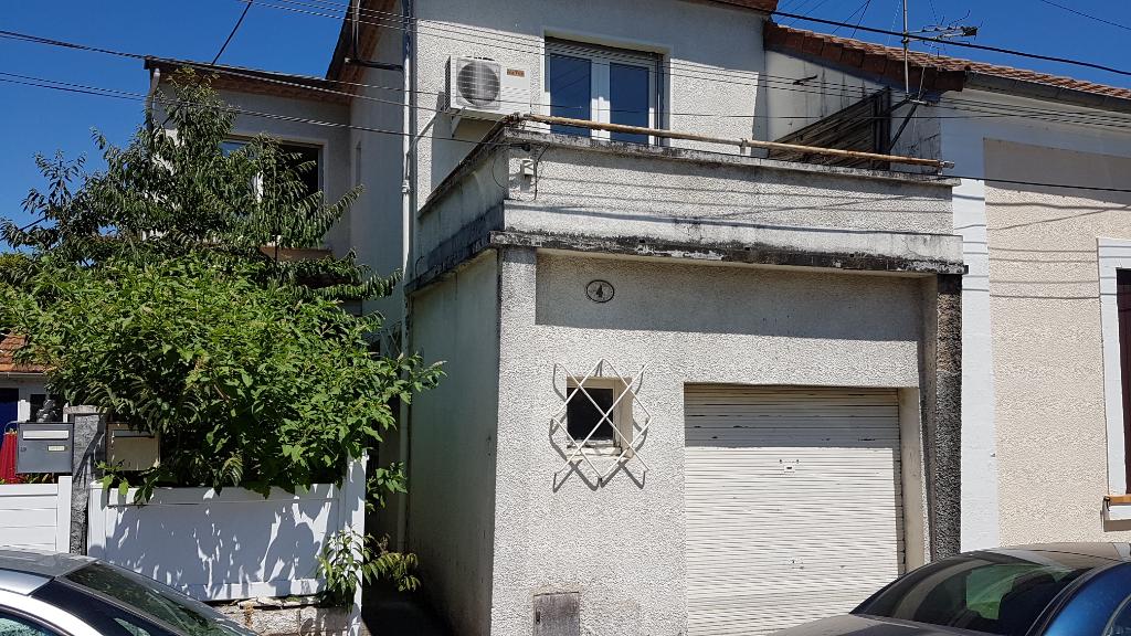 Maison  3 pièce(s) 60 m2 Périgueux cité administrative