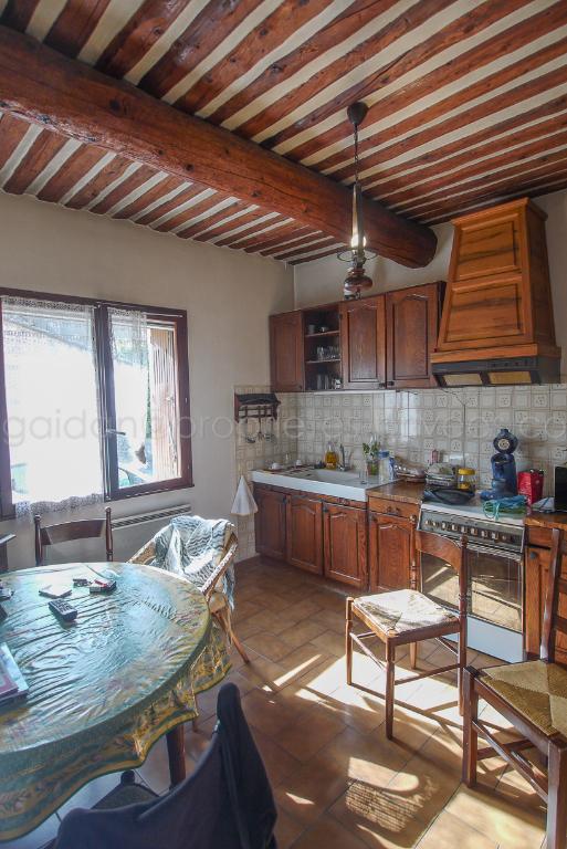 Maison Entraigues Sur La Sorgue 4 pièce(s) 82 m2