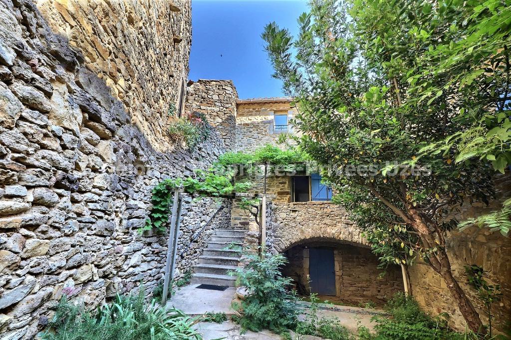 Maison de village Saint-André-d'Olérargues  5 pièce(s) 140 m2 VUE EXCEPTIONNELLE