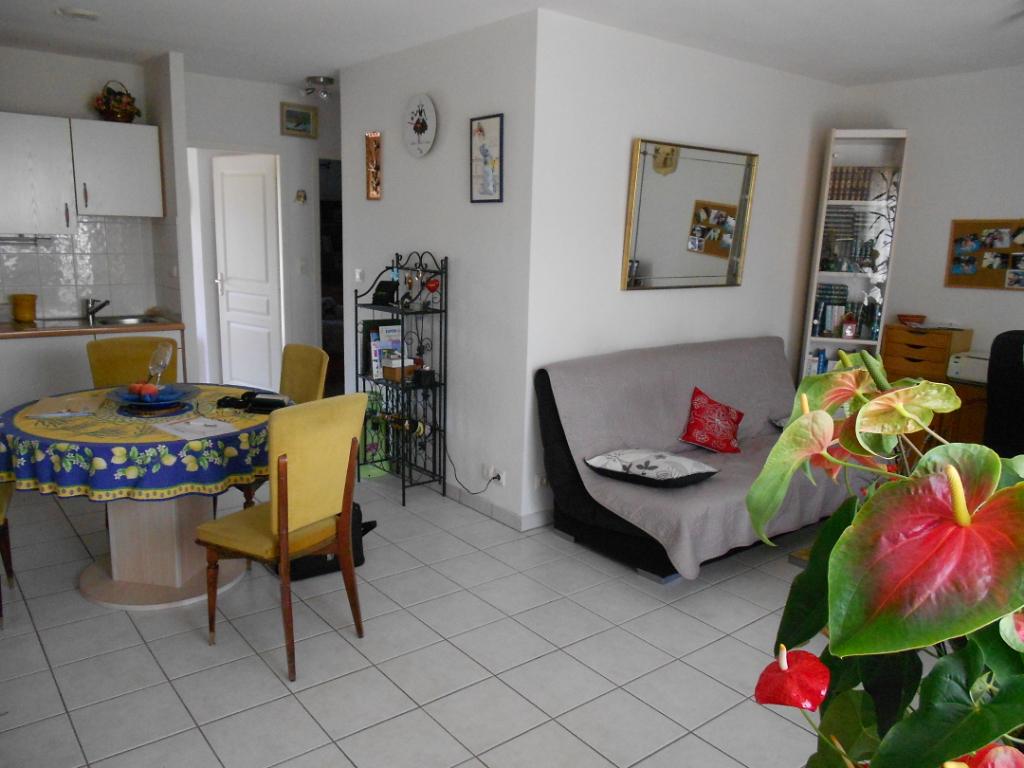 Maison Laragne Monteglin 3 pièce(s) 59 m2