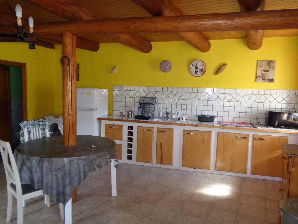 Saugues (43) maison de campagne de 100 m2 habitables, 2/3 chambres