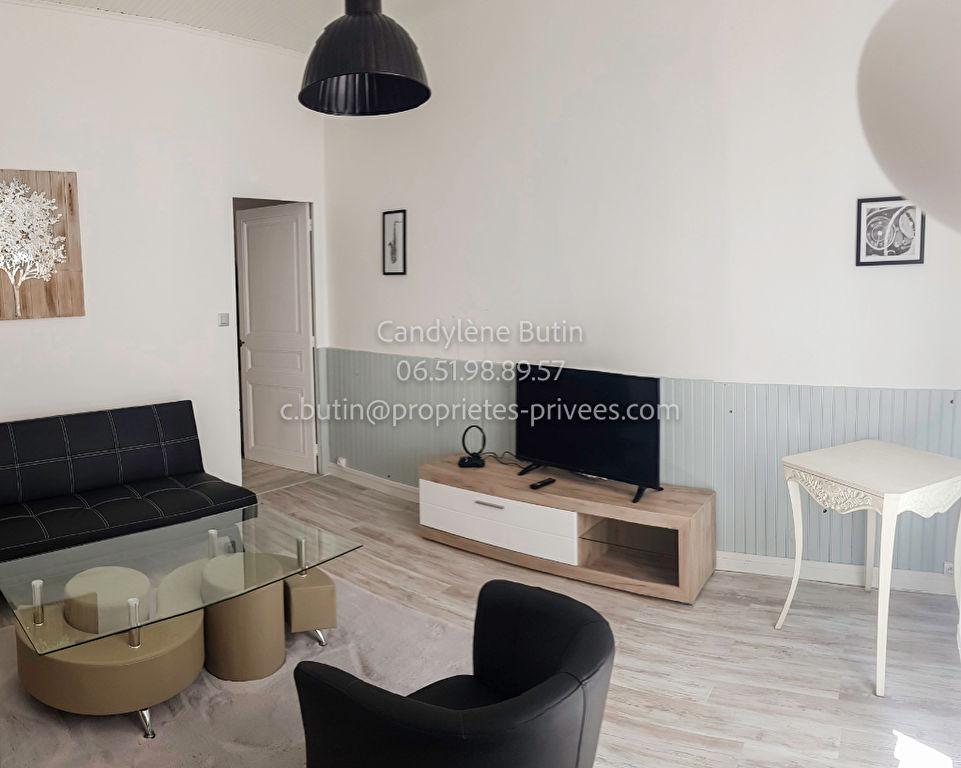 Maison rénovée  et meublée 3 pièce(s) 50 m2 avec tropézienne