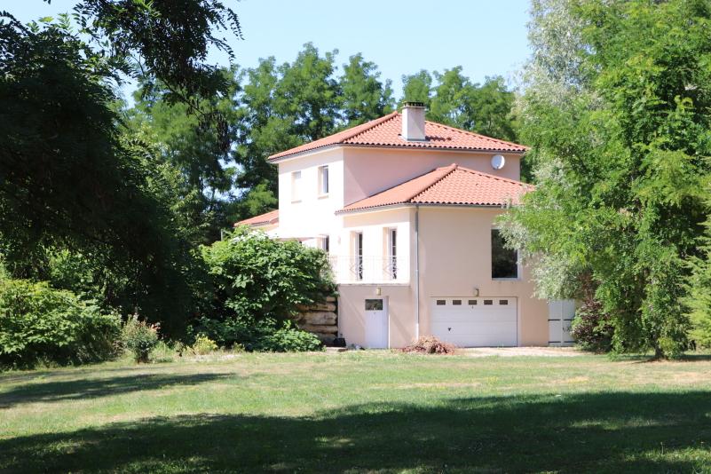 Maison Le Vernet 7 pièce(s) 220 m2