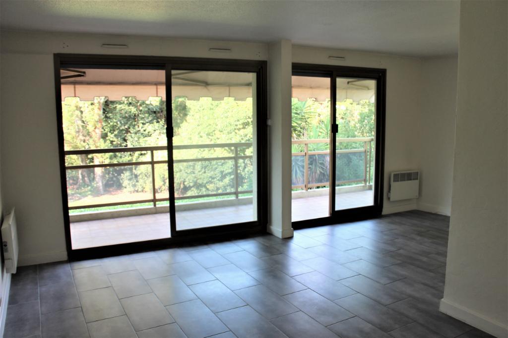 Mandelieu La Napoule  (06210)  4 pièce(s) 75 m2 avec garage de 18 m² + Cave