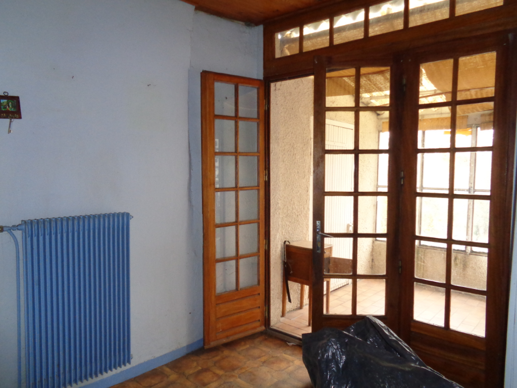 Freycenet La Tour (43) maison de 90 m2 habitables à réhabiliter+350 m2 de terrain
