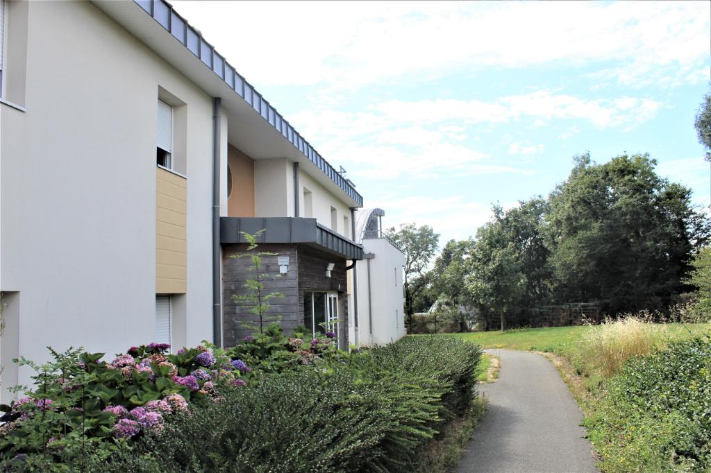 Côtes d'Armor, 22190 Plérin, 2chambres, balcon, 2 places de parking, piscine collective
