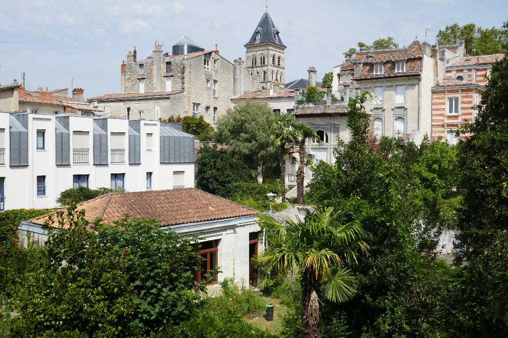 A vendre appartement 3 pièces BORDEAUX ST SEURIN