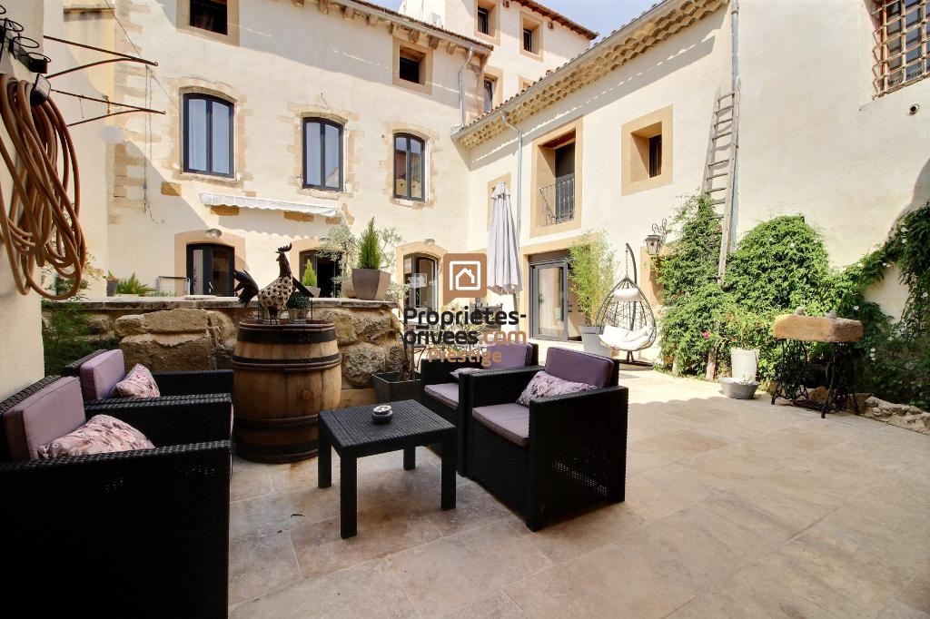 Maison de village Bedarrides 10 pièces 340 m²