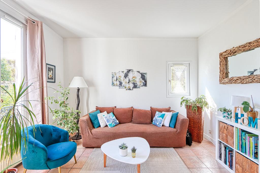 EXCLUSIVITÉ - VERRIÈRES-LE-BUISSON - Maison de 71 m² sur terrain 151 m², 4 pièces dont 3 chambres