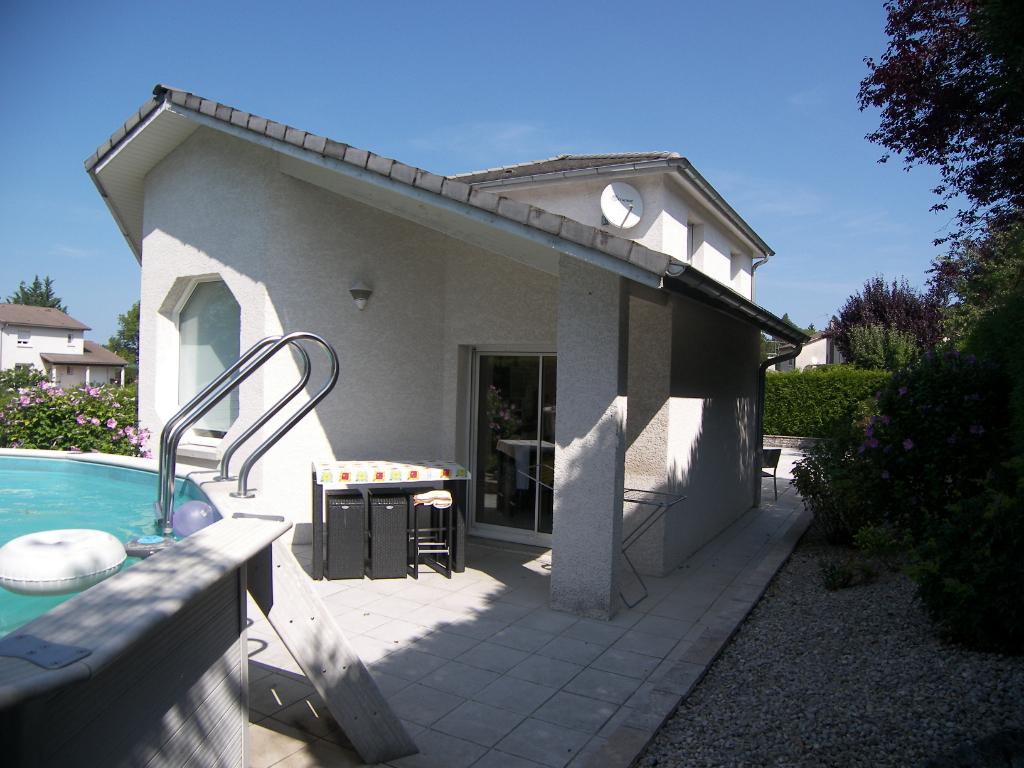 Maison Oyonnax 7 pièce(s) 156 m2