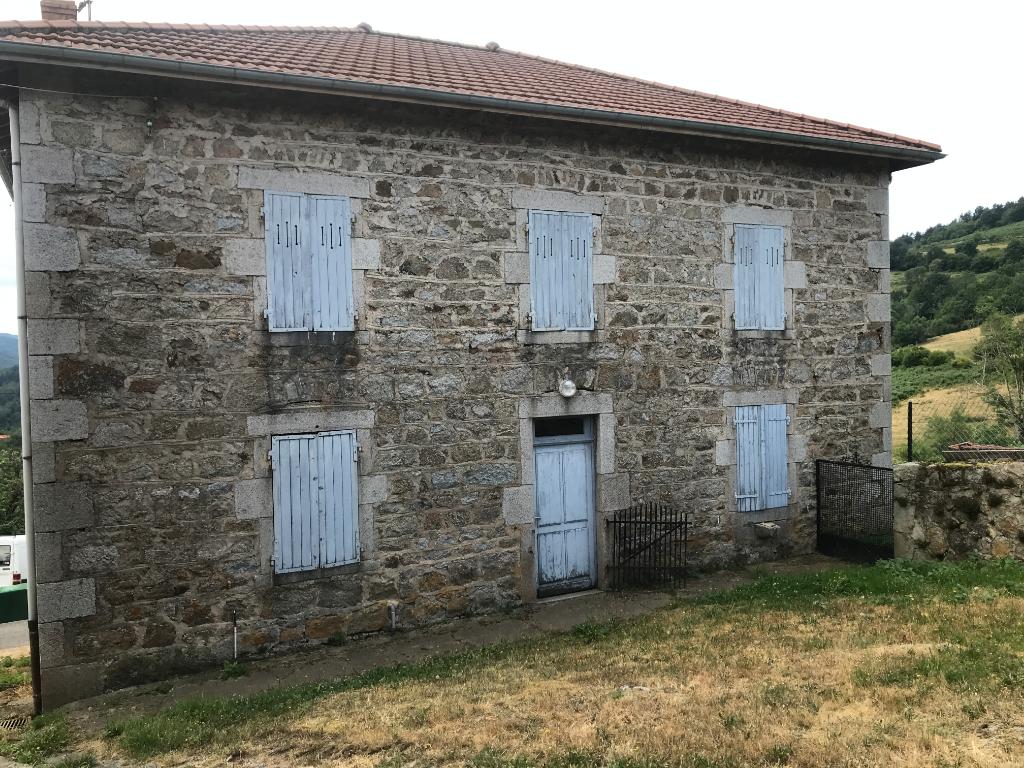 Maison Saint Rirand 8 pièce(s) 200 m2 et 11 hectares de terrain