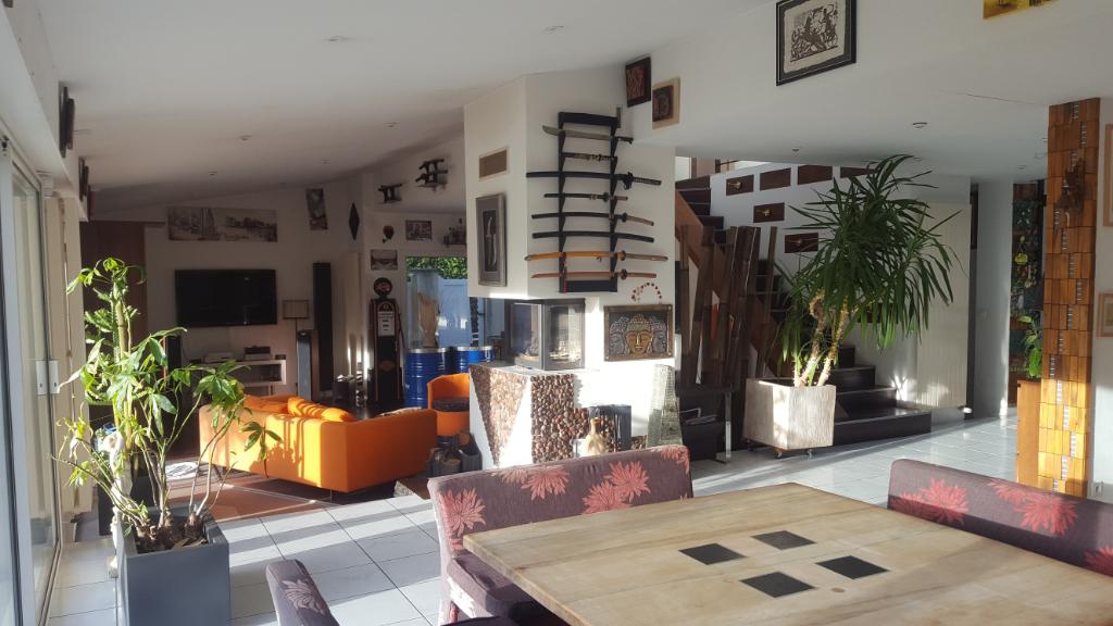 Maison Saint Brevin Les Pins 7 pièce(s) 239 m2