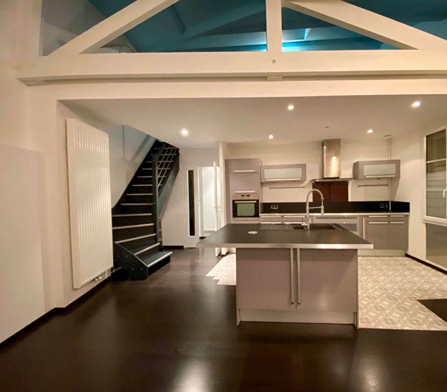 Appartement Nancy 5 pièce(s) 120 m2 loi carrez et 21m2 en plus non comptabilisés