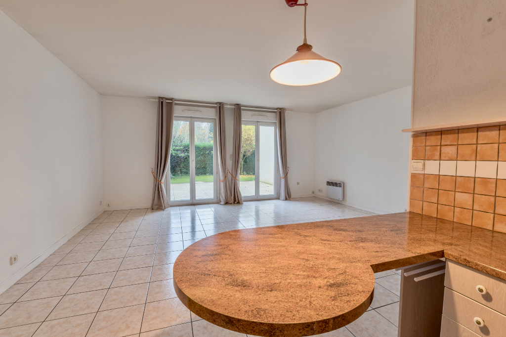 Appartement T4 - terrasse - 81m2 - CLAYE SOUILLY (77410)