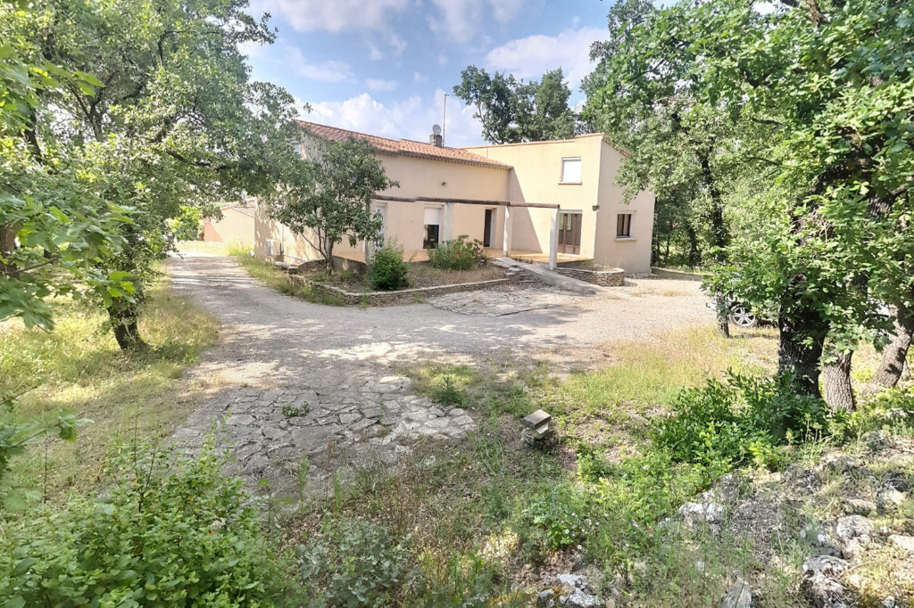 Maison 6 pièces 130 m² à Saint Hilaire De Brethmas