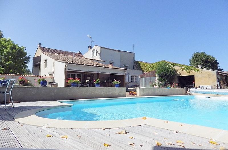 Maison Familiale, piscine 4 chambres