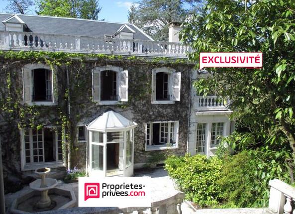 Maison à Aubin-Le Gua (Aveyron) 11 pièce(s) 430 m²