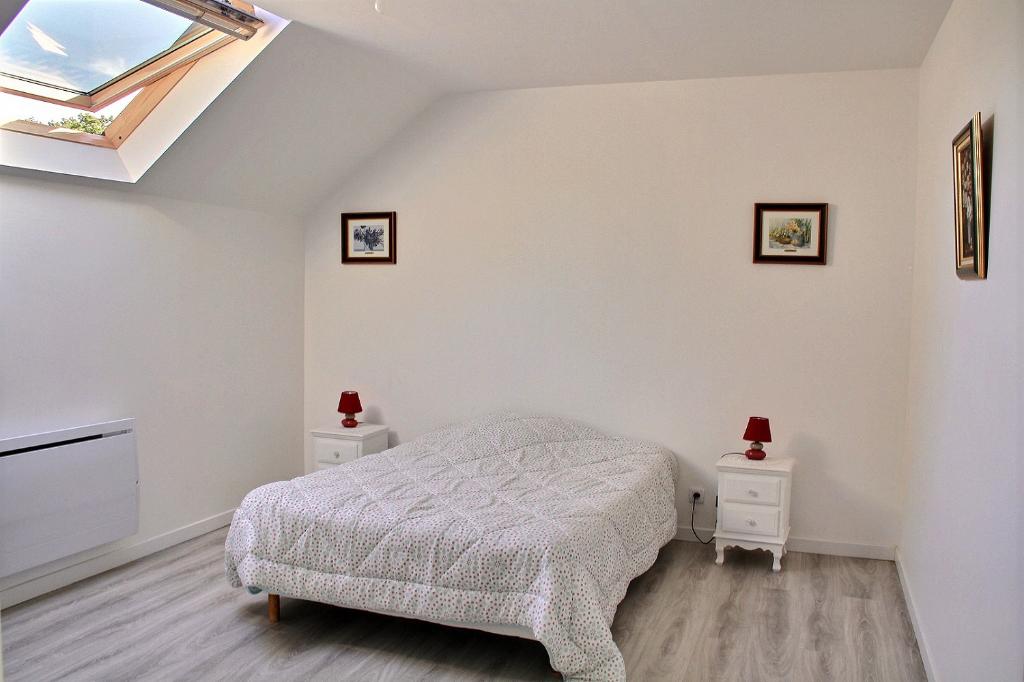Appartement Le Perray En Yvelines duplex 6 pièces avec jardinet