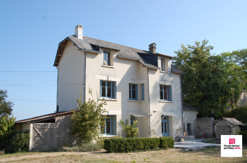 Maison Chinon 5 pièce(s) 150 m2, jardin de 1350m²