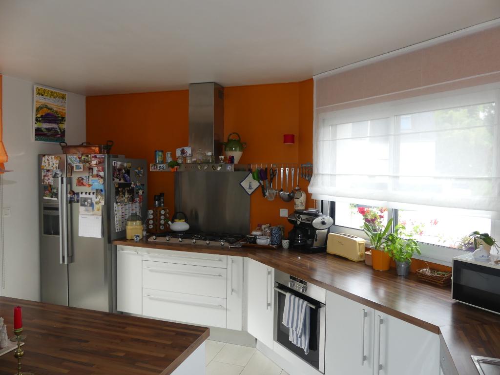 Maison Nostang 6 pièce(s) 140 m2