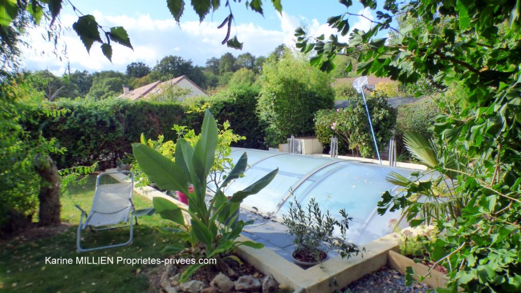 MUZY 27650 Maison individuelle - 1 étage - 4 chambres - Piscine - Véranda - Jardin d'hiver - Terrain - 239 000  HAI