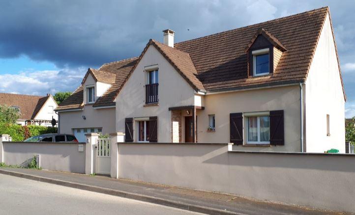 Maison Nuille Le Jalais 7 pièce(s) 165 m2
