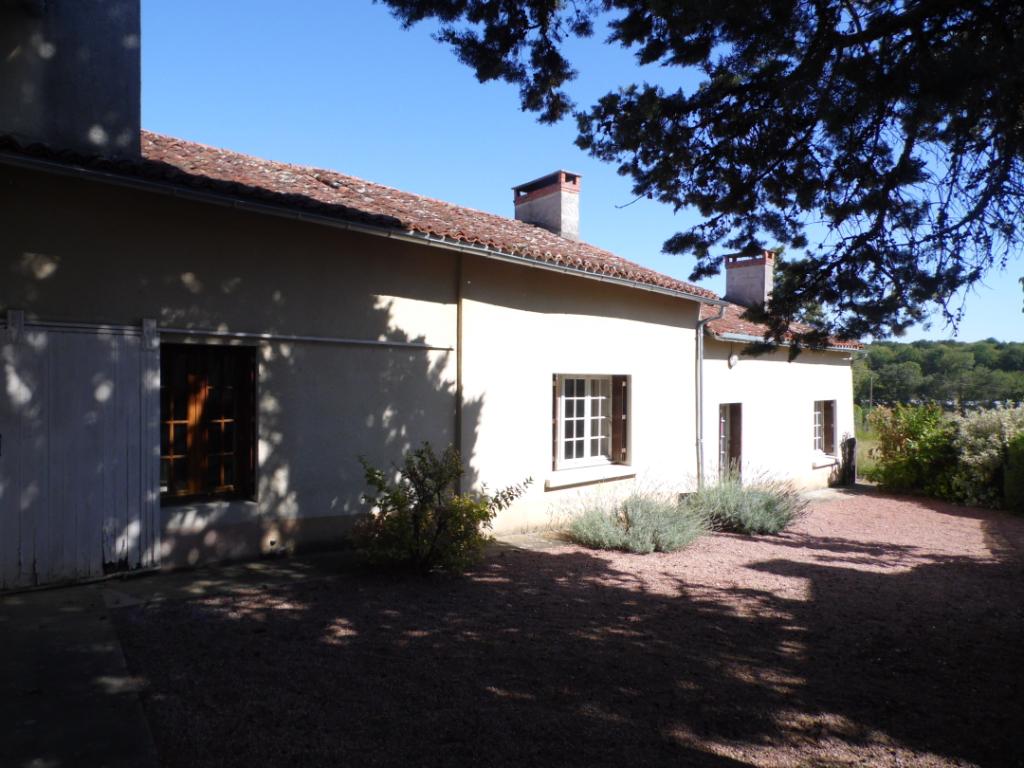 Maison à la campagne axe Vihiers et Doué la fontaine - 214903